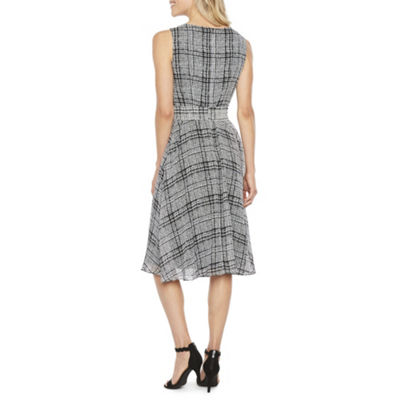 R & K Originals Sleeveless Plaid Fit & Flare Dress