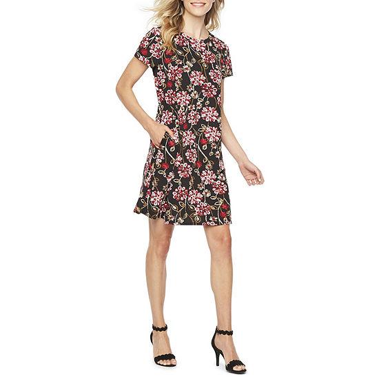 Alyx Short Sleeve Floral Puff Print Shift Dress