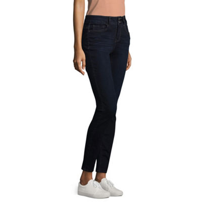 Transition Stitch Star Triple Dart Power Stretch Jegging