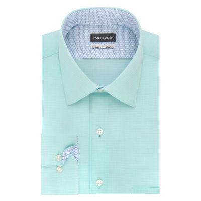Van Heusen Long Sleeve Broadcloth Dress Shirt