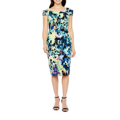 Darian Short Sleeve Cold Shoulder Abstract Sheath Dress