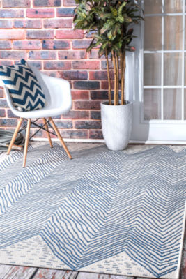 nuLoom Wavy Chevron Outdoor Rectangular Rug