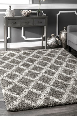 nuLoom Sharika Lattice Shaggy Rectangular Rug