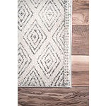 nuLoom Sarina Diamonds Rug