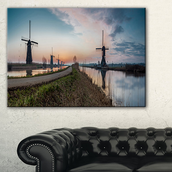 Designart Kinderijk Holland Panorama Landscape Artwork Canvas