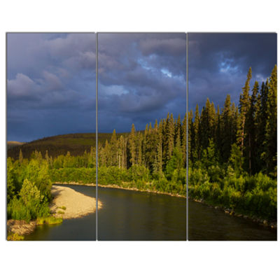 Designart Lake On Alaska Under Clouds Landscape Canvas Art Print - 3 Panels