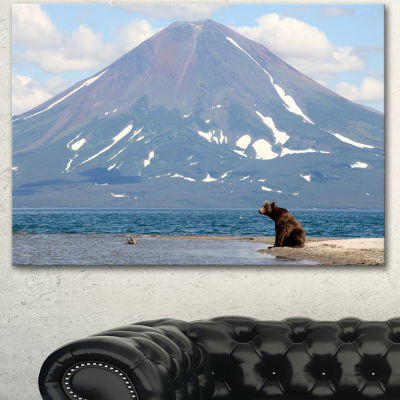 Designart Large Bear In Front Of Volcano LandscapeCanvas Wall Art