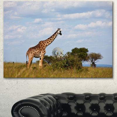 Designart Large Giraffe In Savannah Landscape Artwork Canvas