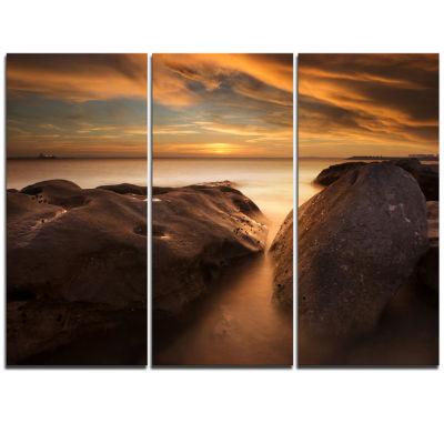 Designart Large Rocks At La Perouse Bridge Large Seashore Triptych Canvas Print