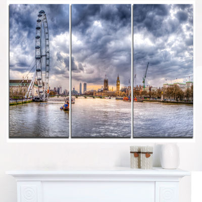 Designart London Skyline And River Thames Cityscape Triptych Canvas Print