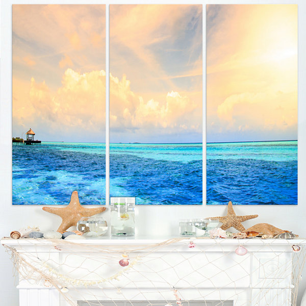 Designart Maldives Bungalows Sunset Panorama ExtraLarge Seascape Art Triptych Canvas