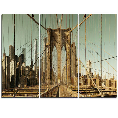 Designart Manhattan Bridge In New York Brown Cityscape Triptych Canvas Print