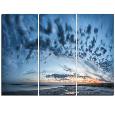 Designart Manych Rissua Lake Panorama Landscape Artwork Triptych Canvas
