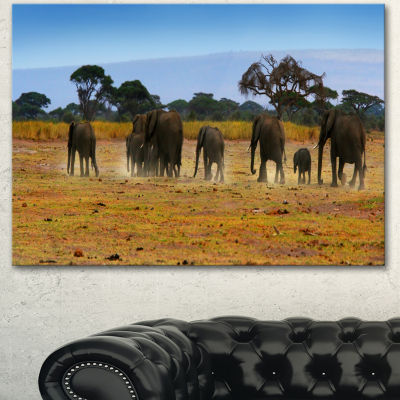 Designart Memory Of African Wild Elephants AfricanCanvas Art Print