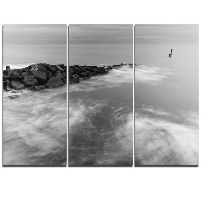 Designart Milky Waves Splashing Over Rocks ModernSeascape Triptych Canvas Artwork