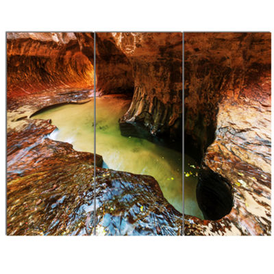Designart Narrows In Zion National Park Utah Landscape Canvas Art Print - 3 Panels