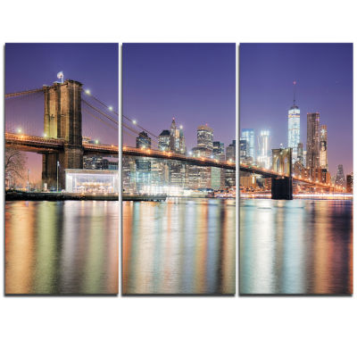 Designart New York City With Freedom Tower Cityscape Triptych Canvas Print