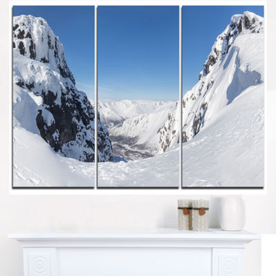 Designart Pass In The Northern Winter Hills Landscape Triptych Canvas Art Print