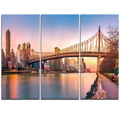 Designart Queenboro Bridge Panorama At Sunset Cityscape Triptych Canvas Print