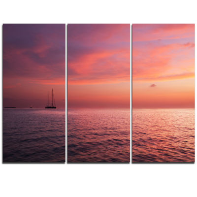 Designart Reddish Serene Maldives Seashore Extra Large Seascape Art Triptych Canvas