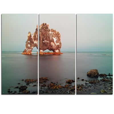 Designart Rock Sea Symbol In Iceland Extra Large Seashore Triptych Canvas Art