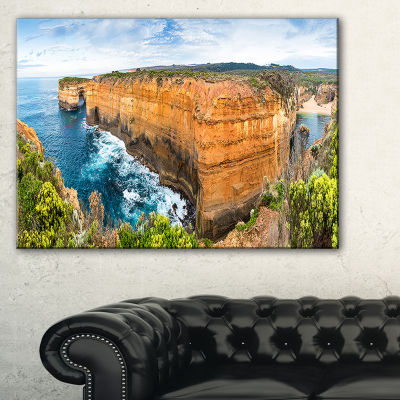 Designart Rocks And Vegetation Of Victoria Beach Large Seascape Art Canvas Print