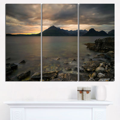 Designart Rocky Coastline Of Loch Scavaig Contemporary Landscape Triptych Canvas Art