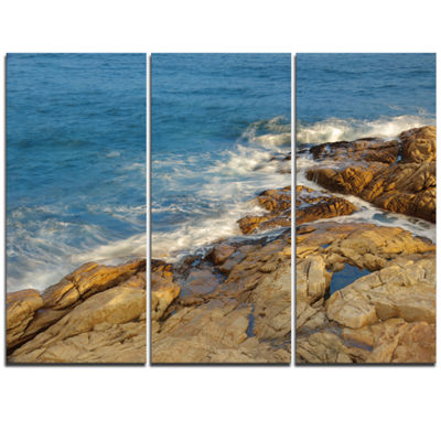 Designart Rocky Hong Kong Seashore Extra Large Seashore Triptych Canvas Art