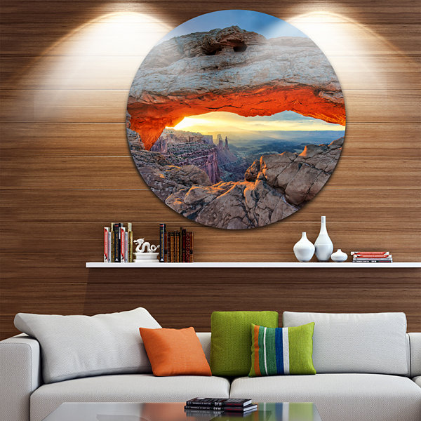 Design Art Sunrise at Mesa Arch in Canyon lands Large Flower Metal Circle Wall Art