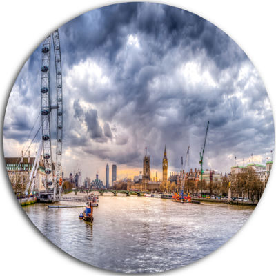 Design Art London Skyline and River Thames Ultra Glossy Cityscape Circle Wall Art