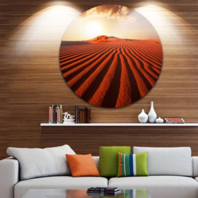 Design Art Endless Brown Desert Dunes Landscape Metal Circle Wall Art