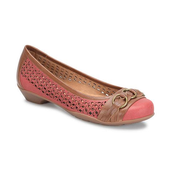 Soft Spots Womens Posie Slip-On Shoe Closed Toe-Wide Width