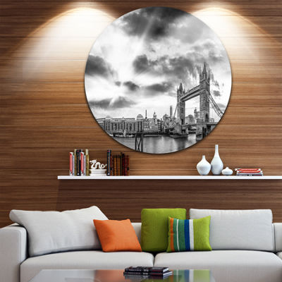 Design Art Black and White View of London PanoramaUltra Glossy Cityscape Metal Circle Wall Art