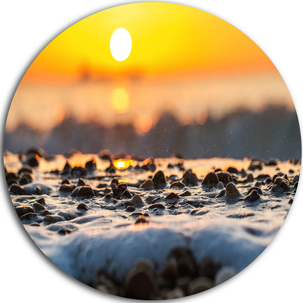Design Art Sunrise Giving Color for Sea Waters Seascape Metal Circle Wall Art
