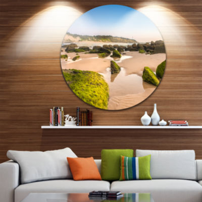 Design Art Green Rocky Seashore at Norah Head Large Seashore Metal Circle Wall Art