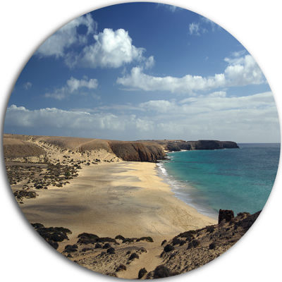 Design Art Bright Seashore with Blue Waters ExtraLarge Seashore Metal Circle Wall Art