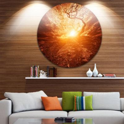 Design Art Dramatic Yellow Sun over Lone Tree Extra Large Wall Art Landscape