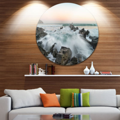 Design Art Bay of Beaky Vibrant White Waves Seashore Metal Circle Wall Art