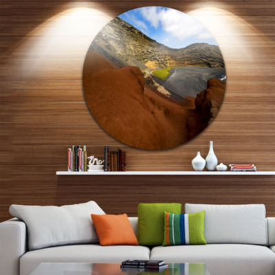 Design Art In El Golfo Lanzarote Spain Musk Pond Seashore Metal Circle Wall Art