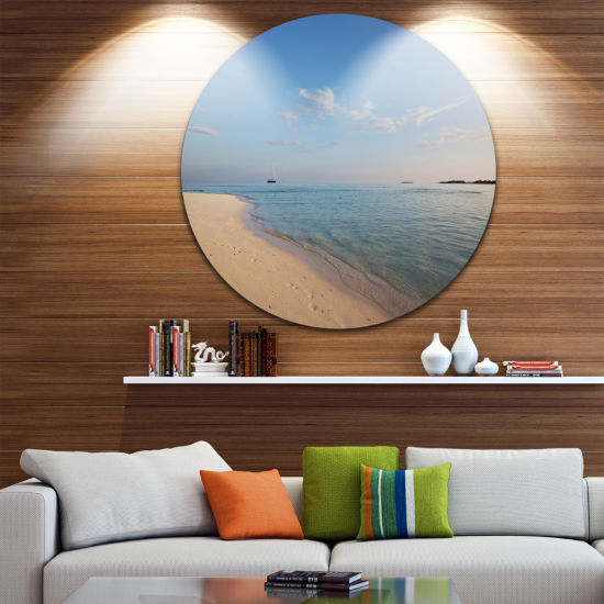 Design Art Serene Maldives Beach with Plain Sky Extra Large Seascape Metal Wall Decor