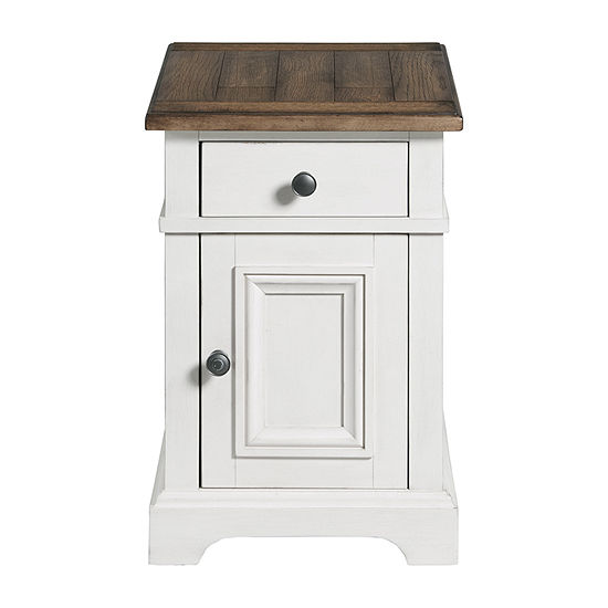 Magnolia Living Room Collection Chairside Table