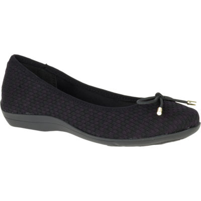 Hush Puppies Lizzy Womens Slip-On Shoes Closed Toe