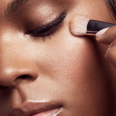 FENTY BEAUTY by Rihanna Precision Concealer Brush 180