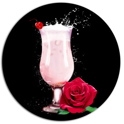 Designart Strawberry Cocktail and Red Rose FloralMetal Round Wall Decor