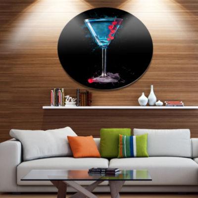 Designart Cocktail Margarita with Berries Metal Round Wall Decor