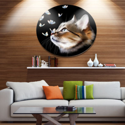 Designart Cat with Butterflies on Black Animal Metal Round Wall Decor