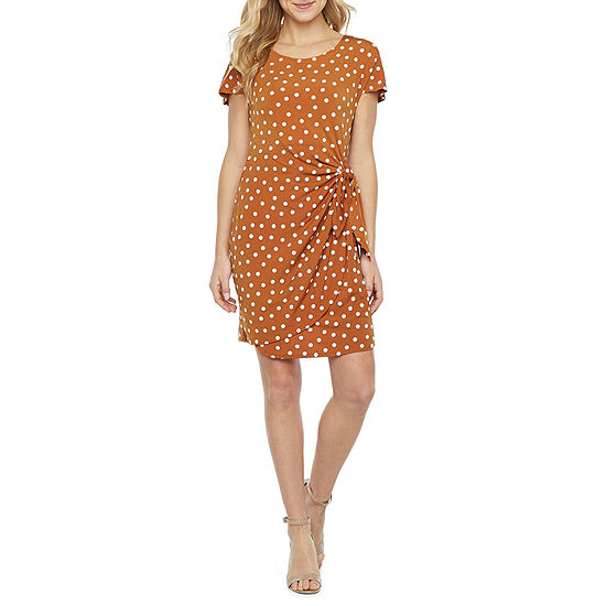 Robbie Bee Short Sleeve Dots Sheath Dress