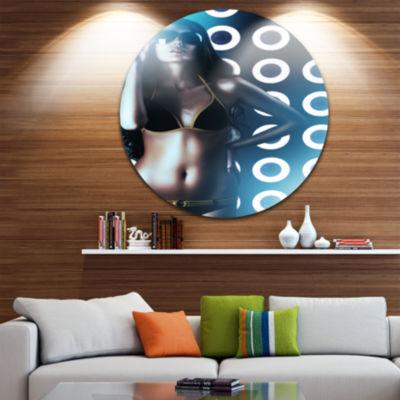 Design Art Hot Woman in Sunglasses Disc Sensual Circle Metal Wall Art
