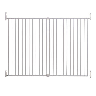 Dreambaby® Broadway Extra Wide and Tall Gro-Gate® w/Track-It® Technology