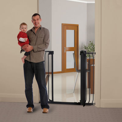 Dreambaby® Chelsea Tall & Wide Hallway Auto-Close Security Gate Combo Pack
